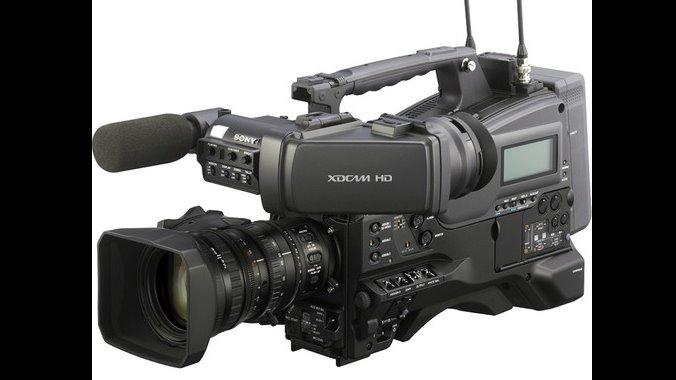 camera-pxw-400-84